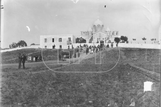 Γενική άποψη του ναού της Αναλήψεως στο Βύρωνα