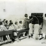 Στιγμιότυπο από τάξη σχολειού στο Βύρωνα