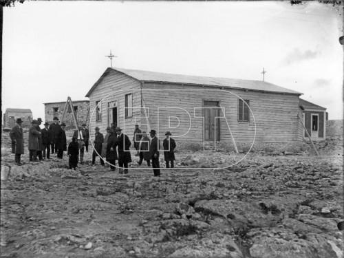 Γενική άποψη του προσωρινού ξύλινου ναού της Αναλήψεως